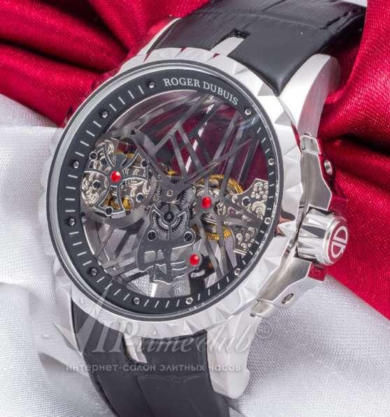 """Часы """"Excalibur Skeleton"""" от Roger Dubuis"""