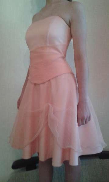 Вечернее платье для торжеств