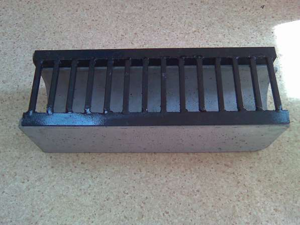 Лоток бетонный со стальной решёткой