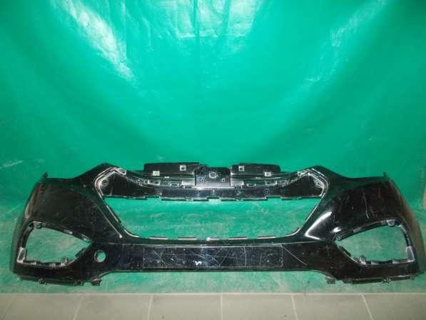 Передний бампер на Hyundai ix35 б. у
