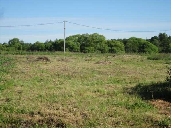 Продается земельный участок 30 соток в д. Макарово, Можайский р-он, 100 км от МКАД по Минскому шоссе.