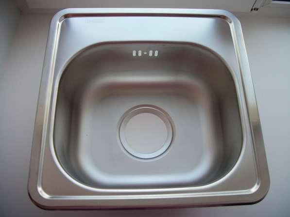 Кухонная мойка новая, мини, размер 36 на 36 см