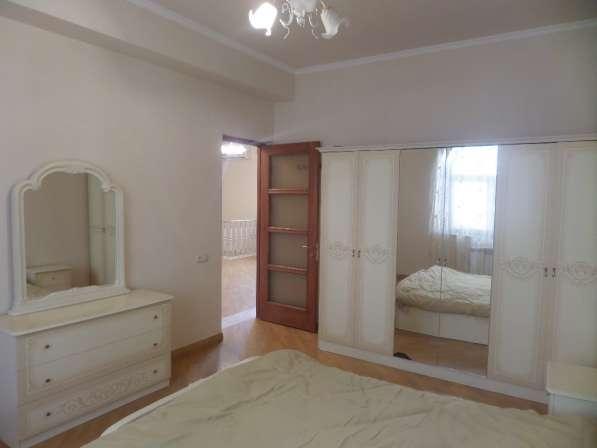 Арабкир, красивый дом, бассейн, 3 спальни в фото 8
