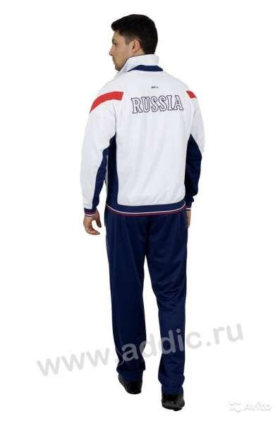Cпортивный костюм мужской с символикой России 335
