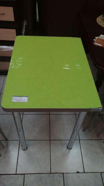 Стол кухонный в наличии