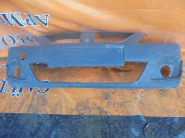 Бампер передний на Lada Largus 2012г