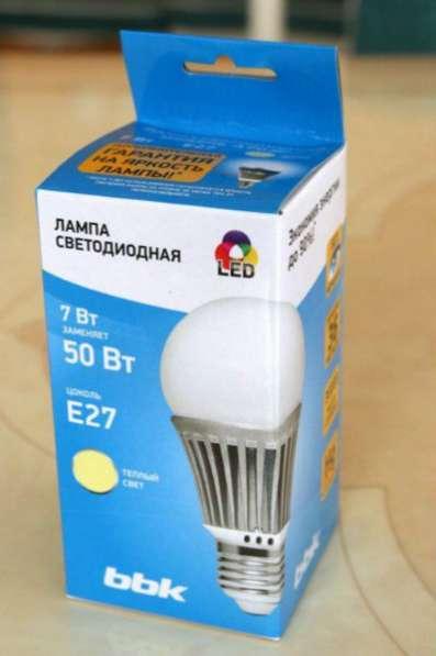 Светодиодная лампа BBK A704F 7w E27