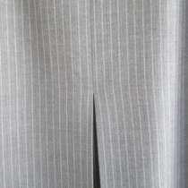 Стильная юбка серая в полоску, р.48,ФРГ пр-во Германия, в г.Краснодар