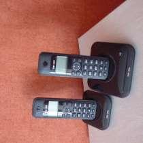 Радиотелефон с двумя трубками и базой, в г.Видное