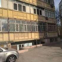 Очень срочно!!! Продаю 1 кв. на цокольном этаже, в мкр. Вост, в г.Бишкек