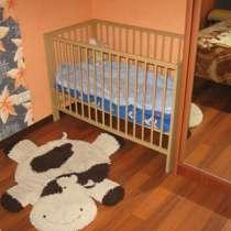 Отдаю в дар детскую кроватку, в Москве