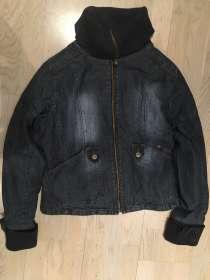 Шикарная джинсовая куртка на подкладке, в Санкт-Петербурге