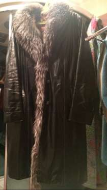 Пальто зимнее кожа с чернобуркой. Подклад норка, в Москве