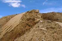 Песок мытый(мелкий) с доставкой, в Истре