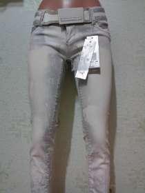 Sаle75% Нарядные, светлые джинсы с поясом, вышивка28р. Новые, в г.Одесса