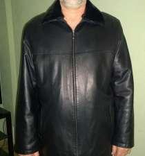 куртка черная кожаная, 56 р-р, 5 рост воротник съемный – нор, в Челябинске