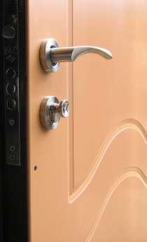 Двери входные с отделкой и установкой в квартиру, в Перми