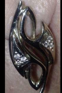 Продам серьги из белого золота с бриллиантами, в Хабаровске
