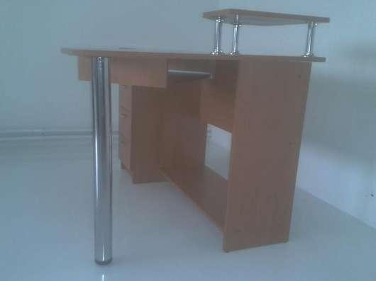Продам компьютерный стол в г. Днепродзержинск Фото 1