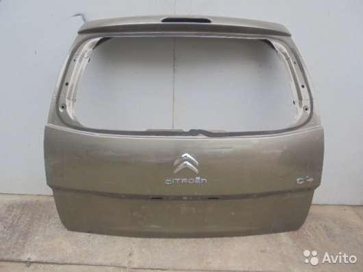 Крышка багажника на Citroen C4 Grand Picasso