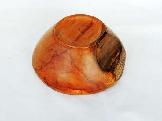 Красивая вазочка-плошка из красивой старой яблони в Москве Фото 1