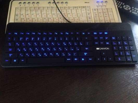 Клавиатура новая с подсветкой