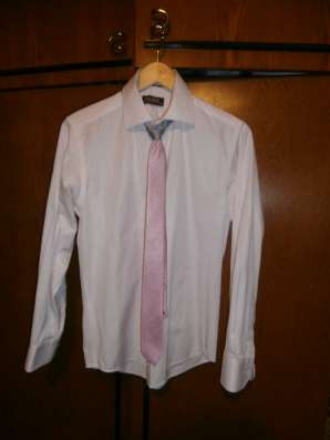 Продам рубашки и галстук
