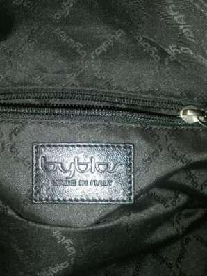 новую оригинальную сумку Byblos