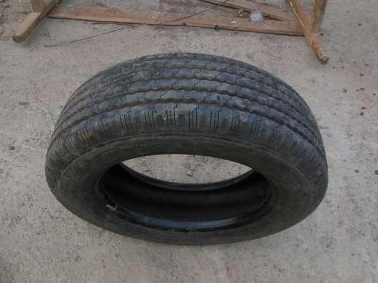 Продам шину (грузовая)