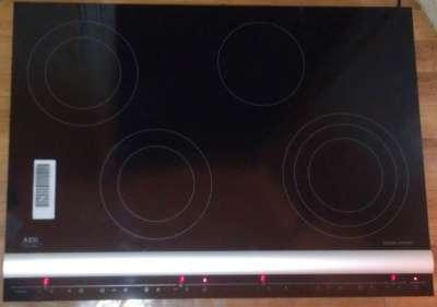 встраиваемую варочную панель AEG FM7531KAN в Москве Фото 1
