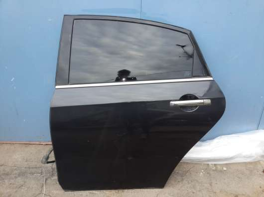 Дверь задняя левая на Nissan Almera G15