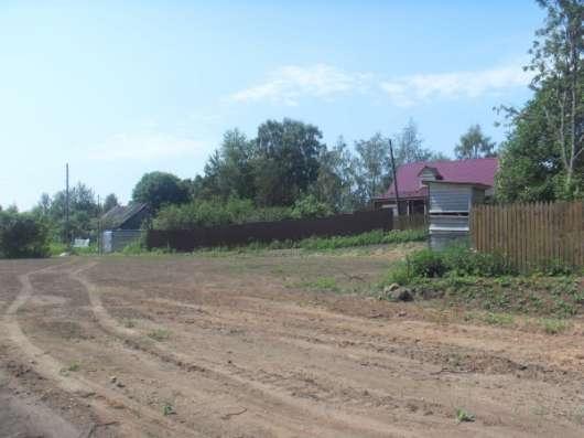 Участок на 1-й линии реки Волги в дер. сюсино Калязинского района Тверской области