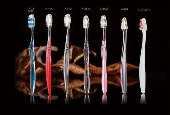 Зубные щетки и паста для гостиниц