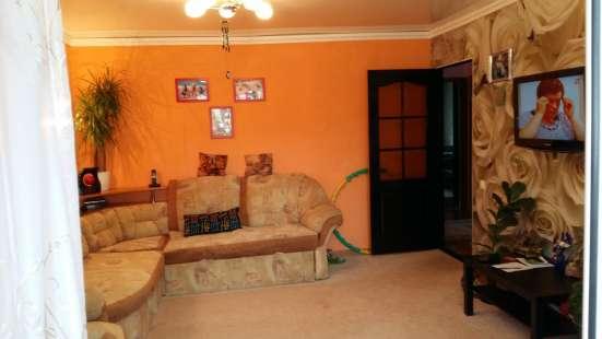 Продам двух-комнатную квартиру 57 квад. Г.Мелеуз. Московская