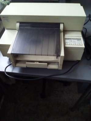 Ч/б б/у струйный принтер HP DeskJet 520