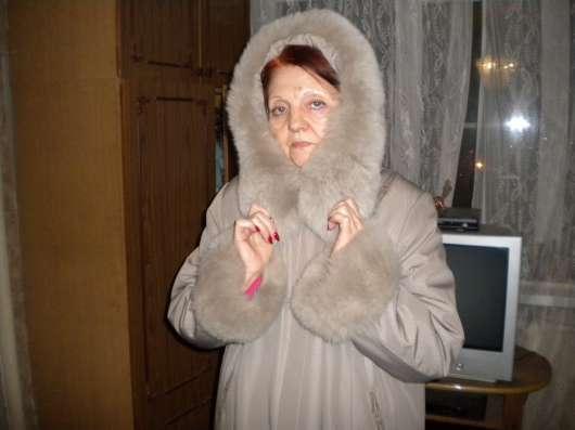 Пальто с песцовым капюшоном и рукавами в Курске Фото 1