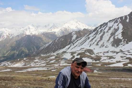 Андрей, 51 год, хочет познакомиться