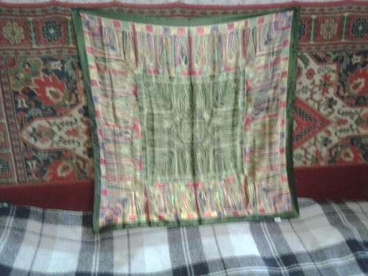 Женский шелковый платок