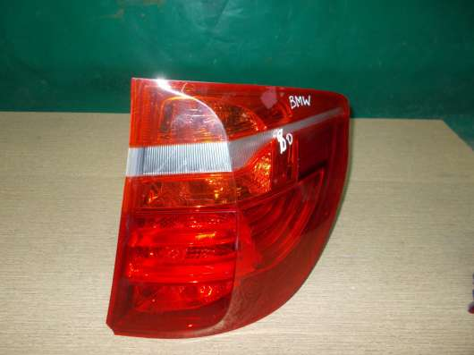 Задний правый фонарь на BMW X5 E70