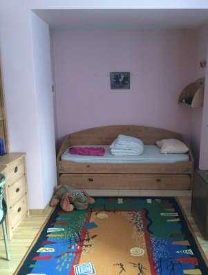 Спальня, б/у в отл. состоянии. Дерево