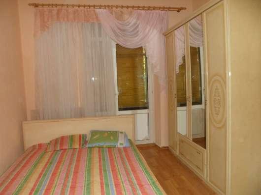 2-х комнатная посуточно Севастополь Центр ул. Большая Морск