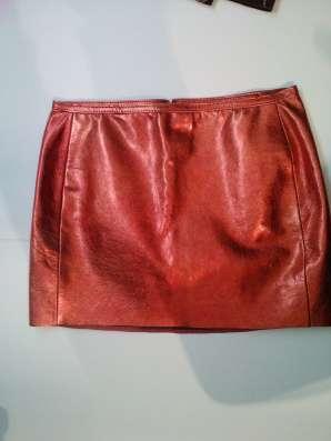 Кожаная юбка короткая