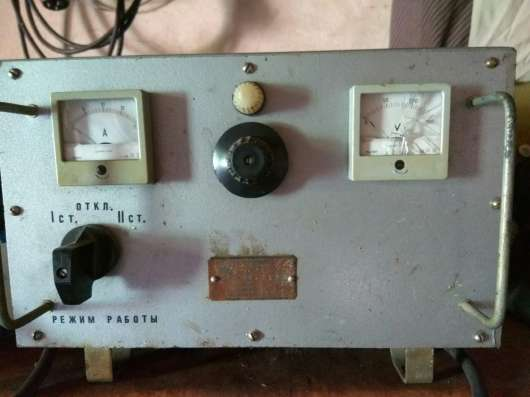 Продам стационарное зарядное устройство 12-24v