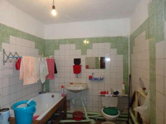Продаю кирпичный дом 94 кв. м. с земельным участком 17 соток