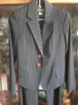 Продам костюм брючный в Красноярске Фото 2