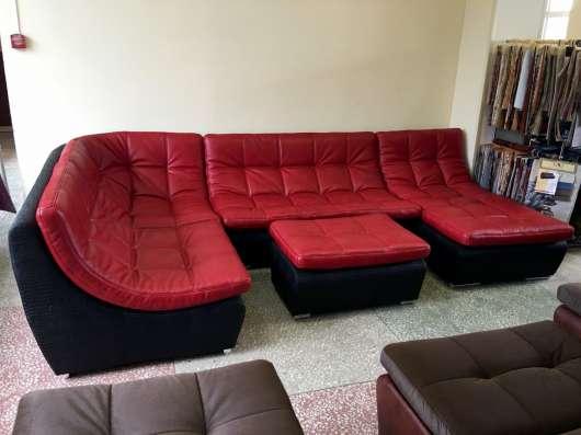 Кожаный модульный диван в стиле red&black