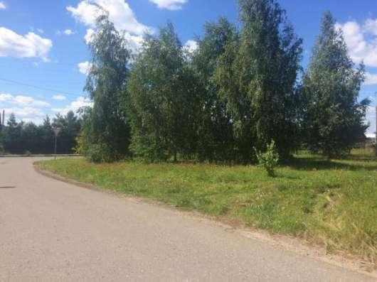Продается земельный участок 14 соток в черте города Можайска на улице Весенней, 96 км от МКАД по Минскому или Можайскому шоссе.