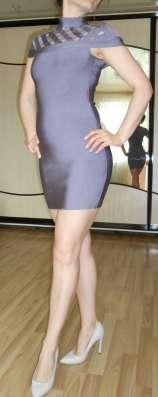 Элегантное платье корсажное, утяжка.
