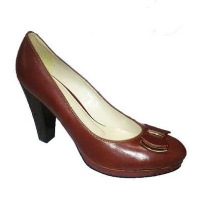 Большая обувь