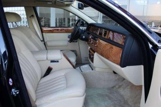 Аренда Rolls Royce Phantom чёрного и белого цвета для любых мероприятий. в г. Астана Фото 3